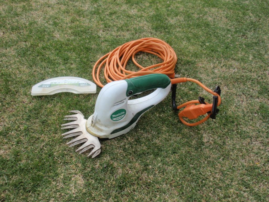 芝刈り機バリカン