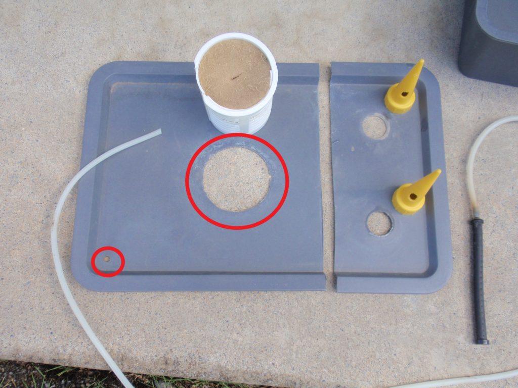 自作水耕栽培装置本体加工 100均で調達