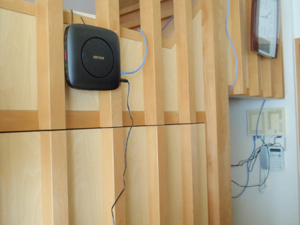 Wi-Fiルーターの設置場所変更後 出来るだけ遮る物のない場所