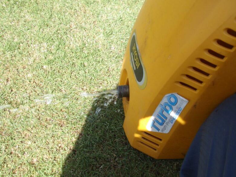 高圧洗浄機を水道直結できない場所で使う方法 手順4